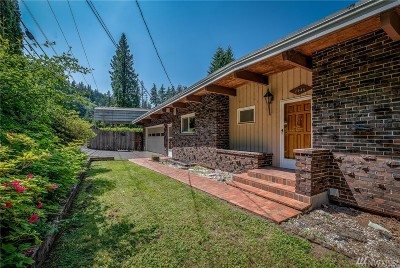 Bellingham Single Family Home Pending: 2646 Lake Whatcom Blvd