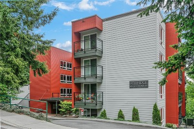 Bellevue Condo/Townhouse For Sale: 145 105th Ave SE #16