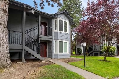 Kirkland Condo/Townhouse For Sale: 11109 NE 124th Lane #B208
