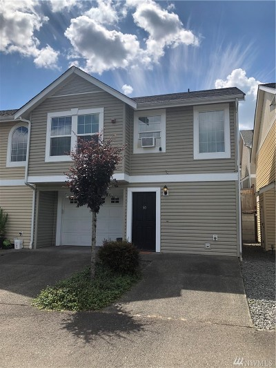 Puyallup Condo/Townhouse For Sale: 5921 111th St Ct E #50