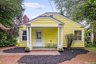 Newcastle Single Family Home For Sale: 6405 Lake Washington Blvd SE