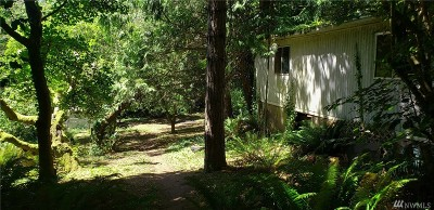 Single Family Home For Sale: 19369 Harris Ave NE