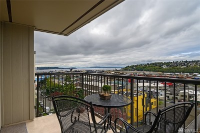 Condo/Townhouse For Sale: 2253 Gilman Dr W #505