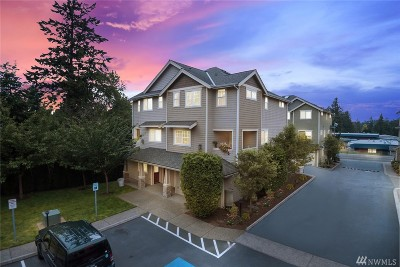 Lynnwood Condo/Townhouse For Sale: 15503 18th Ave W #3B