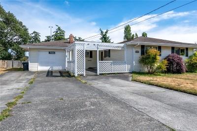 Oak Harbor Single Family Home Pending Inspection: 386 NE Harvest Dr