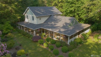 Yelm Single Family Home For Sale: 14840 Country Lane SE