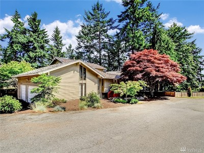 Mercer Island Single Family Home For Sale: 7870 Island Crest Wy