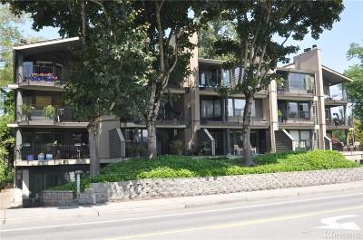Kirkland Condo/Townhouse For Sale: 9330 NE Juanita Dr #203