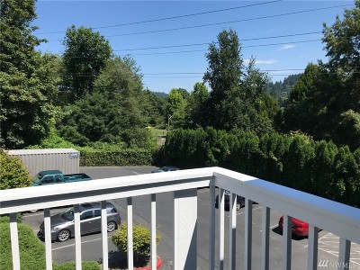 Issaquah Condo/Townhouse For Sale: 220 SW Clark St #B302