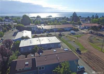 Edmonds Single Family Home For Sale: 621 Bell St #3