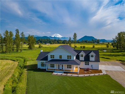Enumclaw Single Family Home For Sale: 27743 SE 424th St