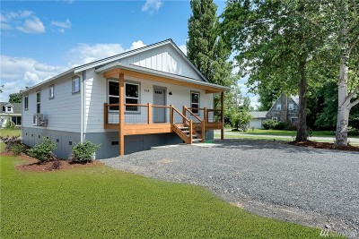 Sumas Single Family Home For Sale: 318 Columbia St