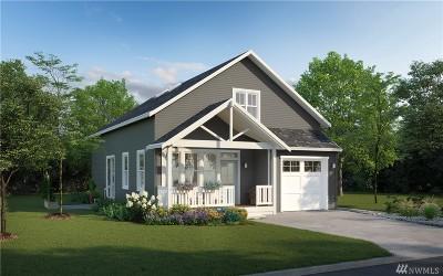 Bellingham Single Family Home Pending: 4768 Spring Brook St