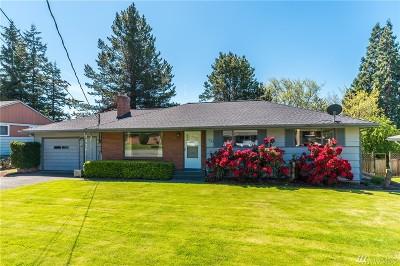 Oak Harbor Single Family Home Pending Inspection: 1723 NE 5th Ave