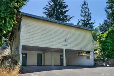 Shoreline Multi Family Home For Sale: 2211 NE 197th Place