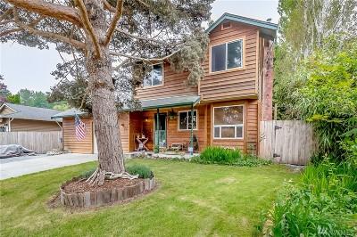 Lake Stevens Single Family Home For Sale: 304 101st Ave SE