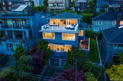Seattle Single Family Home For Sale: 366 Prospect St