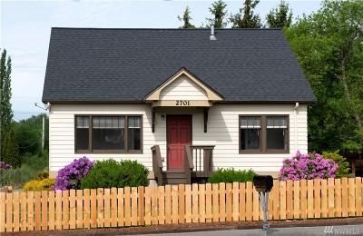 Bellingham Single Family Home Pending: 2701 Woburn St