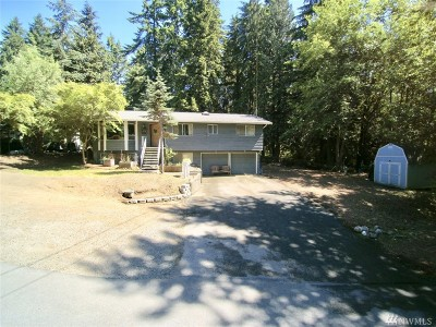Lynnwood Single Family Home For Sale: 2222 Oak Rd