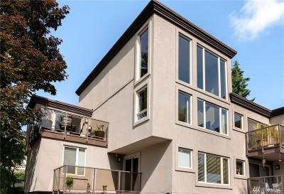 Edmonds Condo/Townhouse For Sale: 8503 Bowdoin Wy #206