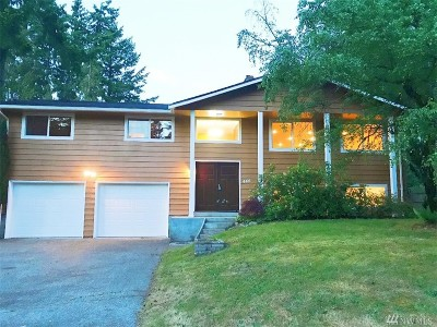 Olympia Single Family Home For Sale: 446 Cougar St SE