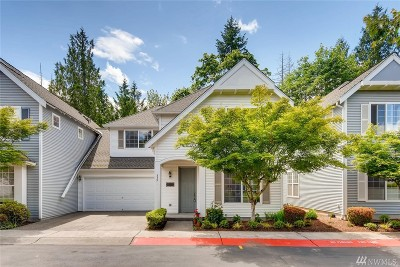 Sammamish Condo/Townhouse For Sale: 339 226th Lane NE