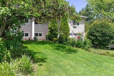 Kirkland Single Family Home For Sale: 12032 NE 136th Place