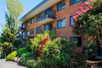 Seattle Condo/Townhouse For Sale: 911 N 73rd St #302