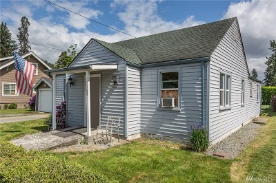 Orting Single Family Home For Sale: 108 Bridge St SE