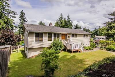 Everett Single Family Home Contingent: 3409 Glacier Peak Ave