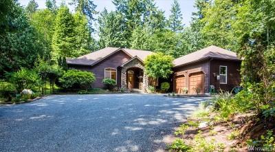 Bainbridge Island Single Family Home Pending Inspection: 8379 Sumanee Place NE