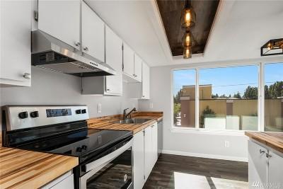 Seattle Condo/Townhouse For Sale: 2421 SW Trenton St #311