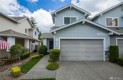 Lynnwood Condo/Townhouse For Sale: 303 196th Place SW #101