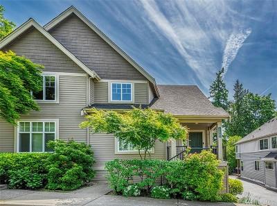 Bellevue Condo/Townhouse For Sale: 6698 161st Ave SE #B