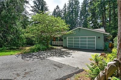 Arlington Single Family Home For Sale: 25618 Mountain Dr