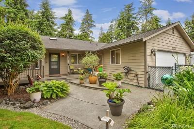 Kingston Single Family Home Pending Inspection: 21775 Virginia Place NE