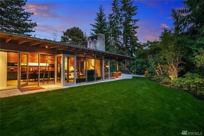 Medina Single Family Home For Sale: 7857 NE 12th St