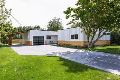 Bellingham Single Family Home For Sale: 3897 Cliffside Dr