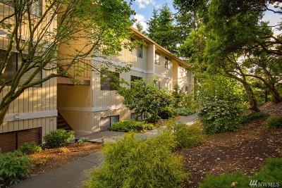 Kingston Condo/Townhouse Pending: 26425 Pennsylvania Ave NE #A33