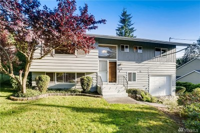 Mountlake Terrace Single Family Home For Sale: 5916 212th Place SW