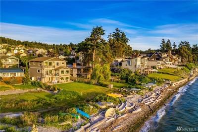 Camano Island Single Family Home For Sale: 243 Alder St
