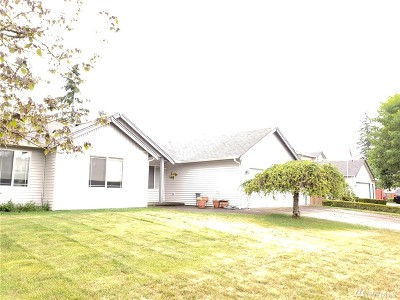 Spanaway Single Family Home For Sale: 4624 210th St E