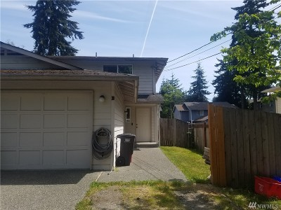 Everett Multi Family Home For Sale: 5715 Fleming St