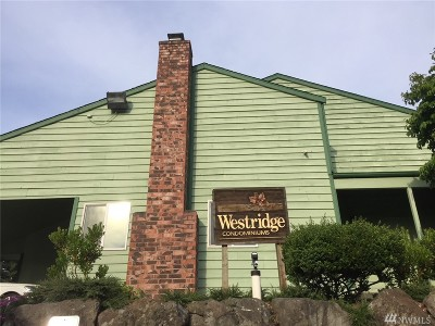 Burien Condo/Townhouse For Sale: 310 174th Place #F