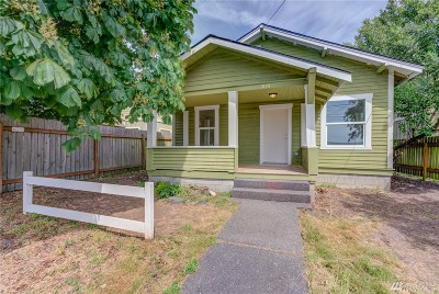 Bellingham Single Family Home For Sale: 2138 Woburn St