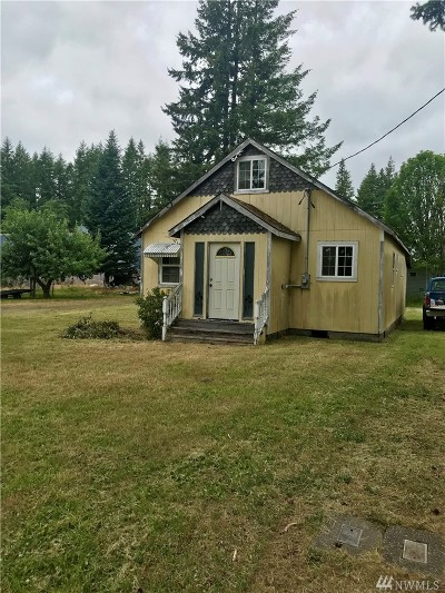 Single Family Home For Sale: 41 Johnson Rd