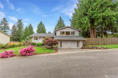 Kenmore Single Family Home For Sale: 5803 NE 196th St