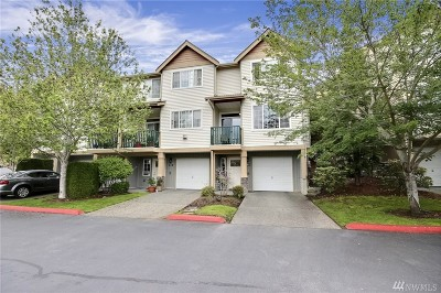 Renton Condo/Townhouse For Sale: 4902 Whitworth Place S #PP104