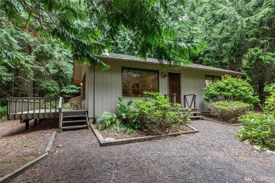 Port Ludlow Single Family Home For Sale: 490 Rainier Lane