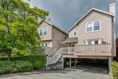 Shoreline Condo/Townhouse For Sale: 2006 NW 196th St #1